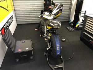 Hpod micro maintient les pneus des motos chauds